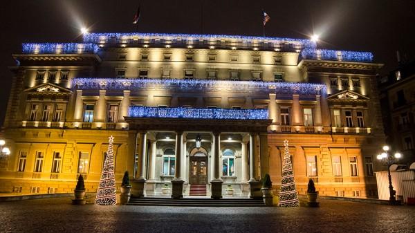 Stari dvor, novogodišnja rasveta